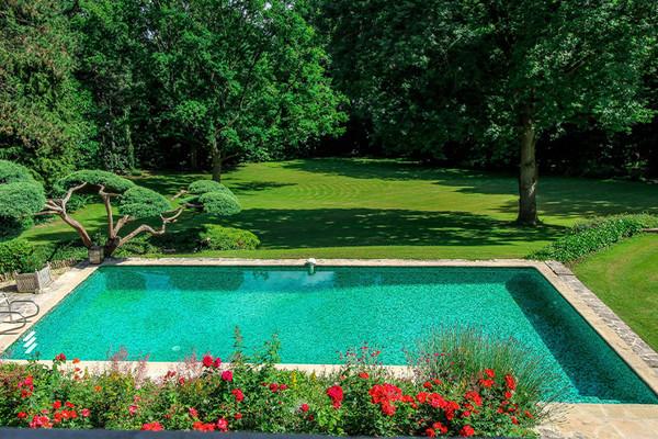 Découvrez 5 de nos propriétés avec piscine dans la région Ile de France