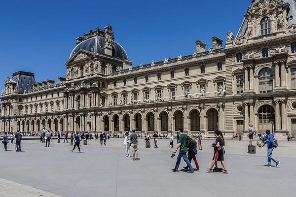 Exposition : Le luxe au pluriel au Musée des Arts Décoratifs